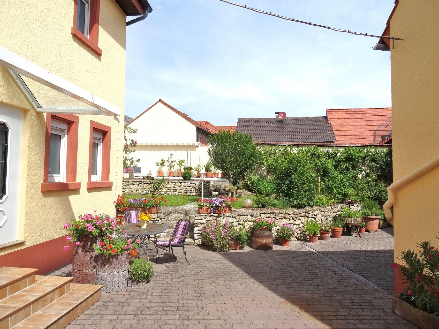 Reserviert!!! Urlaub fürs ganze Jahr! EFH mit aufbaufähiger Scheune und tollem Outdoor…, 67591 Mörstadt, Einfamilienhaus