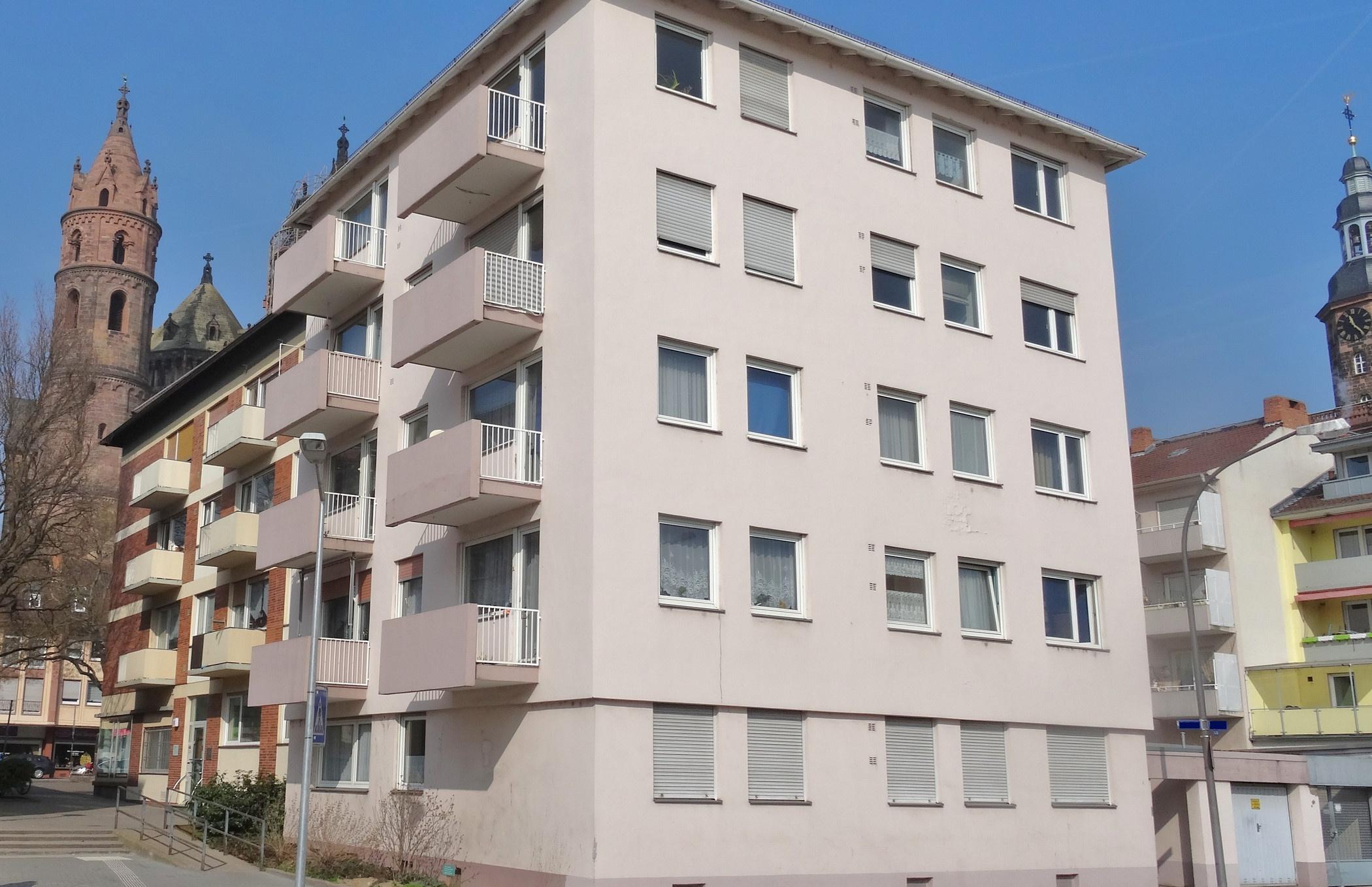 Gelegenheit! Renditeobjekt! Gepflegtes Wohnhaus in Innenstadtlage, 67547 Worms, Mehrfamilienhaus