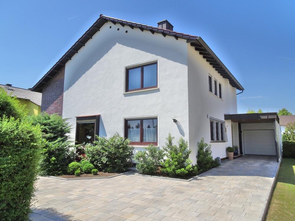 Der Eingang zum Wohnparadies: EFH – toller Garten – Garage – gehobene Ausstattung – Leiselheim!, 67549 Worms, Einfamilienhaus