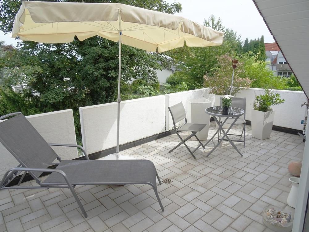 Das sollten sie nicht verpassen: Attraktive Dachgeschosswohnung – Terrasse – Garage – Herrnsheim!, 67550 Worms / Herrnsheim, Dachgeschosswohnung
