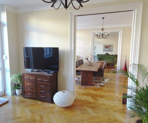 Wasserturmstrasse: Historische Architektur – moderne Wohnqualität! Aufzug + TG-Stellplatz!, 67549 Worms, Etagenwohnung