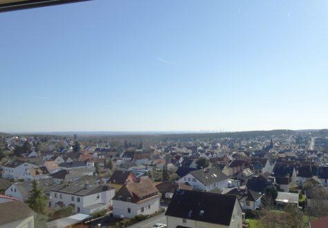 Mit Aus- ohne Einblick! Penthouse – Panoramasicht – Waldrand – Terrasse – Balkon – Lift – Garage, 61381 Friedrichsdorf / Köppern, Penthousewohnung