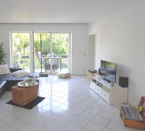 Nicht nur die Lage macht's: ca. 107 m² Wfl. – Balkon – TG-Stellplatz – Gartennutzung – Hochheim!, 67549 Worms / Hochheim, Etagenwohnung