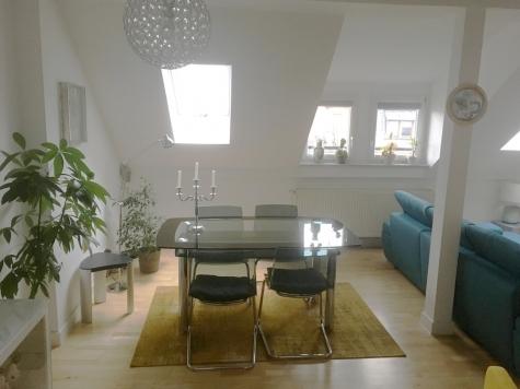 Modernität historisch verpackt: Wasserturmstraße – vermietete DG-Maisonette – Lift – EBK – Loggia!, 67549 Worms, Maisonettewohnung