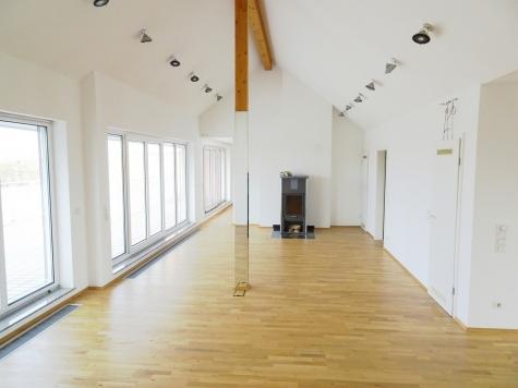 Have a Look: Penthouse de luxe – Panoramablick – Westterrasse + 2 Balkone — Lift – EBK – TG-Platz!, 67549 Worms, Penthousewohnung