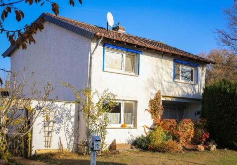 Rosige Haussichten: Freistehendes EFH – Garten – Garage – Worms-Rheindürkheim!, 67550 Worms, Einfamilienhaus
