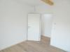 Das Besondere hat eine Adresse! Moderne 2,5-Zimmer-Wohnung mit Mega-Terrasse! - Schlafzimmer 1