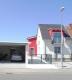 Das Besondere hat eine Adresse! Moderne 2,5-Zimmer-Wohnung mit Mega-Terrasse! - Straßenansicht