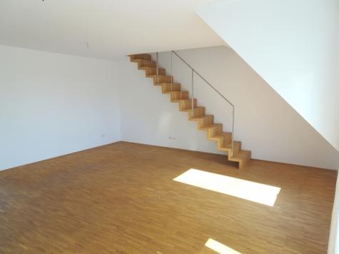Urbaner Lifestyle: Exklusive DG-Maisonette mit Balkon, EBK, Garage u. Lift in Zentrumslage!, 67547 Worms, Dachgeschosswohnung