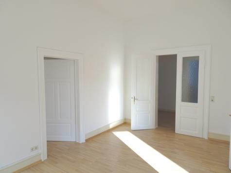 CITYLAGE – Komplett neu renovierte und modernisierte Altbauwohnung mit Balkon!, 67547 Worms, Etagenwohnung