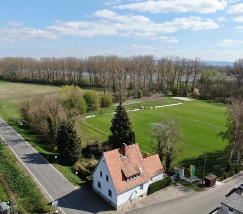 Der schnelle Weg zum eigenen Heim! Gepflegtes EFH – Terrasse – Garten – Carport in Hamm!, 67580 Hamm am Rhein, Einfamilienhaus