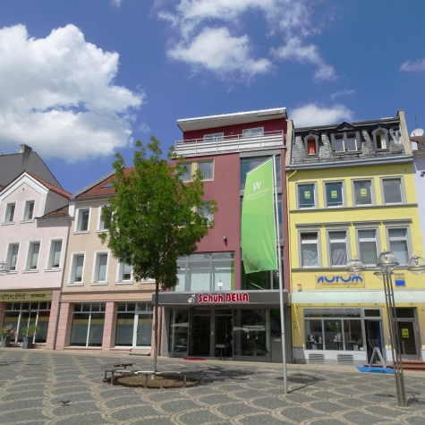 Ein aussichtsreicher Arbeitsplatz: Gewerbefläche in Bestlage mit Blick auf Obermarkt und Lutherplatz, 67547 Worms, Bürohaus