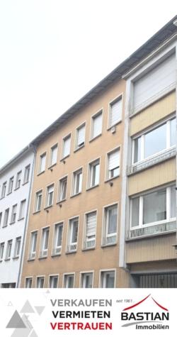 Keine Käuferprovision: Anlageobjekt – MFH – 8 Wohnungen – 3 App. – 7 Garagen – Innenstadt – Worms!, 67547 Worms, Mehrfamilienhaus