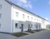 Neues entdecken: Erstbezug - DHH (Eckhaus) - 2 Bäder - Terrasse - Garage - Feldrandlage - Osthofen! - Außenansicht