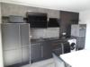 Cooles Apartment mit mega Aussicht: klimatisiert - stilvoll renoviert - schick möbliert! Innenstadt! - Einbauküche
